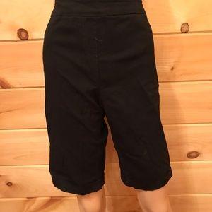 Soft Surroundings black shorts, size Medium